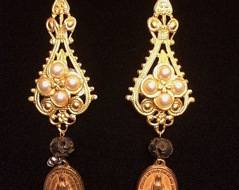 Vintage Reformation Mary Medal Faux Pearl Dangle Earrings Religious  One Of A Kind Gold Tone Our Lady Of Guadalupe