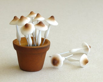 Clay Mushrooms - Miniature - Made of air dried clay and wire stems - 10 pieces per pack [L]