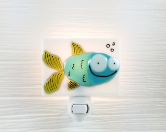 Nightlight, fish, teal, fused glass, turquoise, bathroom, decoration, gift, veille sur toi