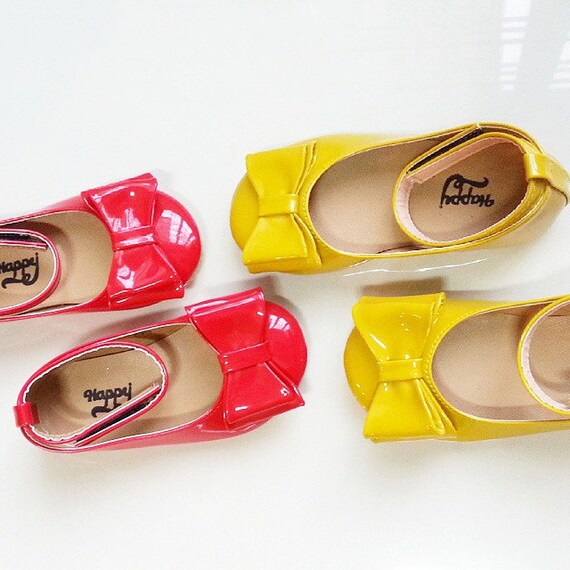 minnie mouse shoes snow white shoes shoes by