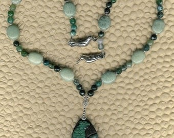 Conure Up - Carved Agate  Bird Pendant, Green Jasper, Moss Agate, Sterling Silver Necklace