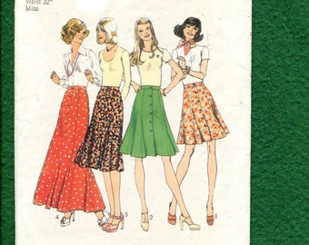 1970's Simplicity 6814 Flared Flirty Front Button Gore Skirts Size 18
