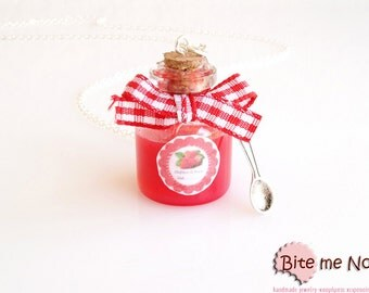 Strawberry Jam Bottle Necklace, Glass Bottle, Mini Food, Kawaii Jewelry, Miniature Sweets, Food Jewelry, Cute Jewelry