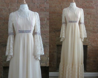 1970s french beige lace maxi dress | Size S