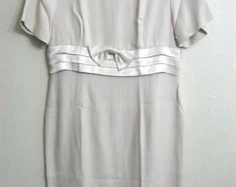 Women's Scarlett 4 Petite 4P Beige Short Sleeve Wedding/Party/Formal Dress