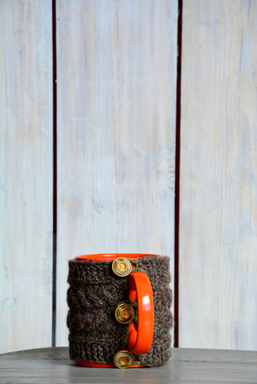 Knit coffee mug cozy. Mug warmer with cable pattern. Natural