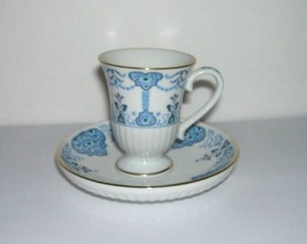 Avon European Tradition Medici Blue White Small Cup and Saucer