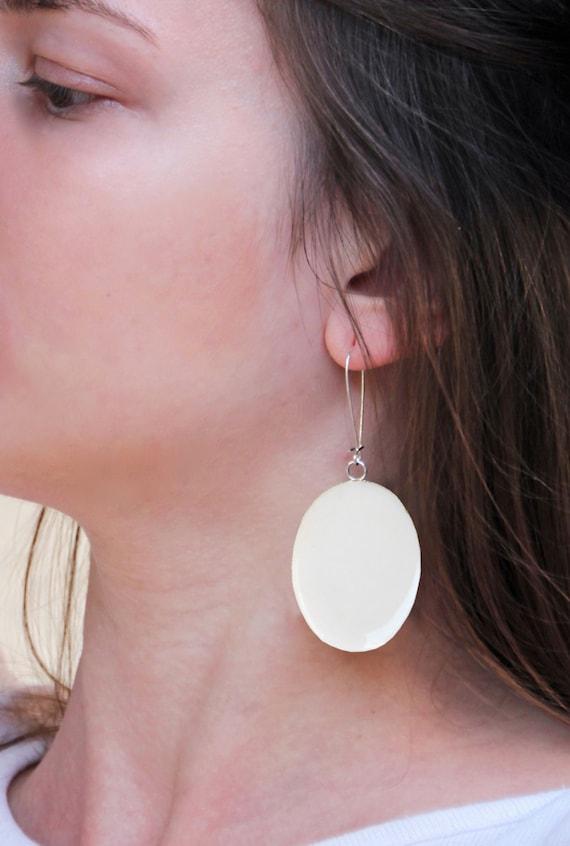 White earrings, white resin earrings, long earrings, modern bridal jewelry, minimalist lightweight earrings, beach wedding summer bride
