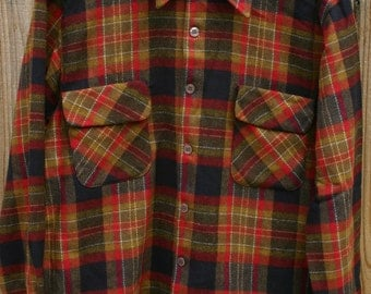 Vintage 60s 70s Wool Blend Plaid Long Sleeve Shirt By Kings Road Size Medium 22 Inches Pit To Pit Horizontal Button Holes Flap Pockets!