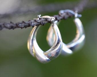 SILVER hoop earrings, hinged hoop, puffy silver earrings, sterling silver hoops, hinge clasp, door knocker 1980 1990 vintage