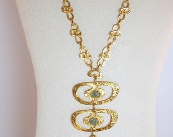 Egyptian Asian Hammered Metal Statement Necklace and Pendant Jade Chips Goldtone