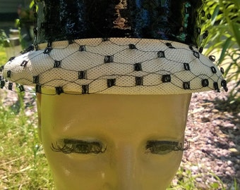 Vintage Black and Cream Hat