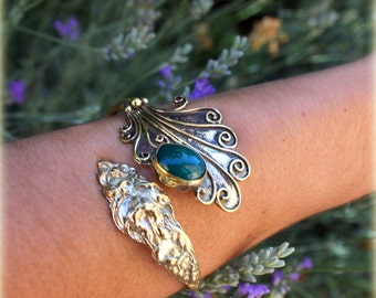 Bohemian Turquoise Enchantment... Brass bracelet with Turquoise