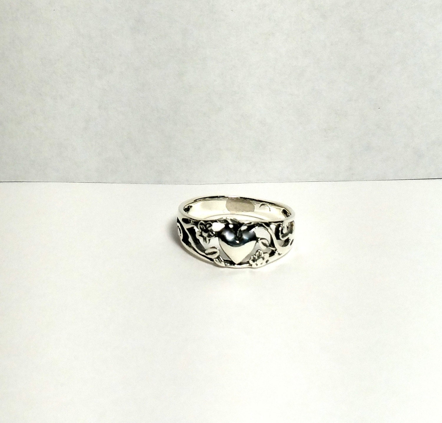 Sterling Silver Purity Ring Heart Ring Size 6 by BrushCreekCottage