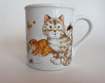 Housecats Coffee Mug by Current 1985