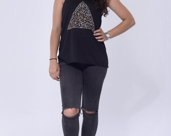 Triangle with silver and gold flowers Racerback tank