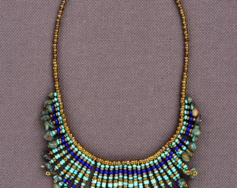 Beaded necklace in CLEOPATRA BLUE: