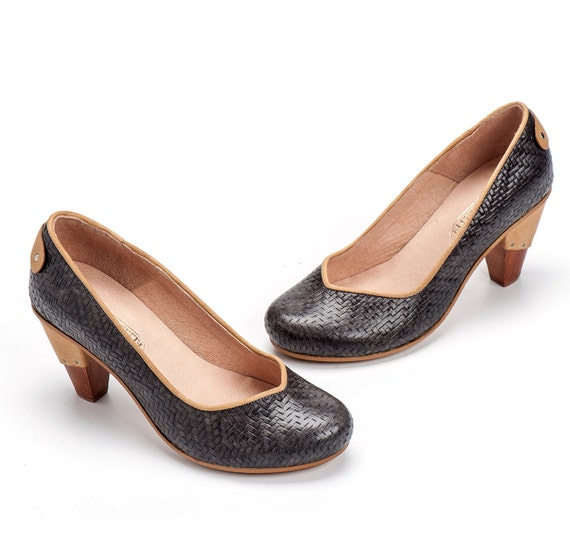 Gray High Heel Leather Shoes / Grey Women Shoes / Evening Shoes / Office Shoes / Wooden Heels Shoes / Sexy Shoes / Texturd Shoes - Emily