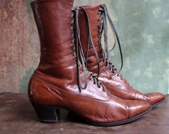 VICTORIAN LEATHER BOOTS