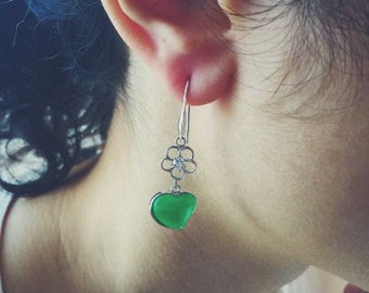 Heart-shaped jade fish hook earrings decorated with silver pattern, jade jewelry, Chinese jade-silver jewelry, jade-silver fish hook earring