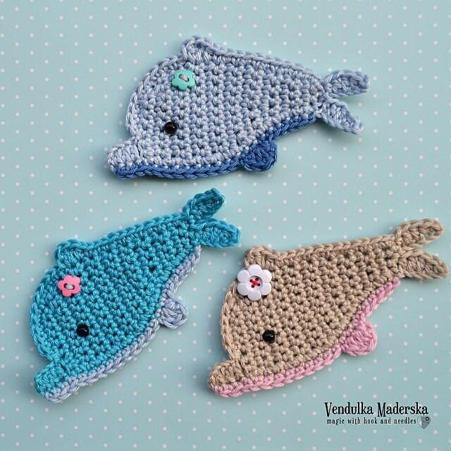 Crochet Dress Pattern For American Girl Doll : Crochet dolphin applique pattern DIY