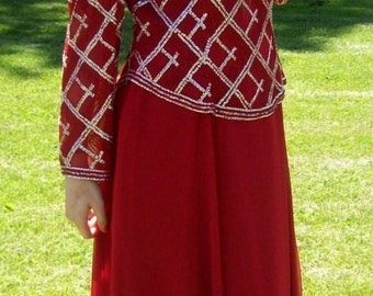 Vintage 1970s Ladies Red Formal Maxi Dress by Jack Bryan Size 12 Only 25 USD
