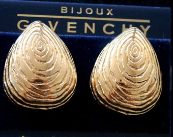 Givenchy Swirled Goldtone Shiny Vintage Clip Earrings