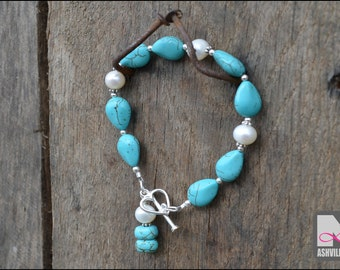 Turquoise and Freshwater Pearl Bracelet (B608)