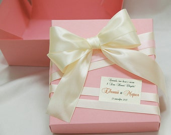 Personalized Wedding favor gift box with big bow-Pink and Ivory