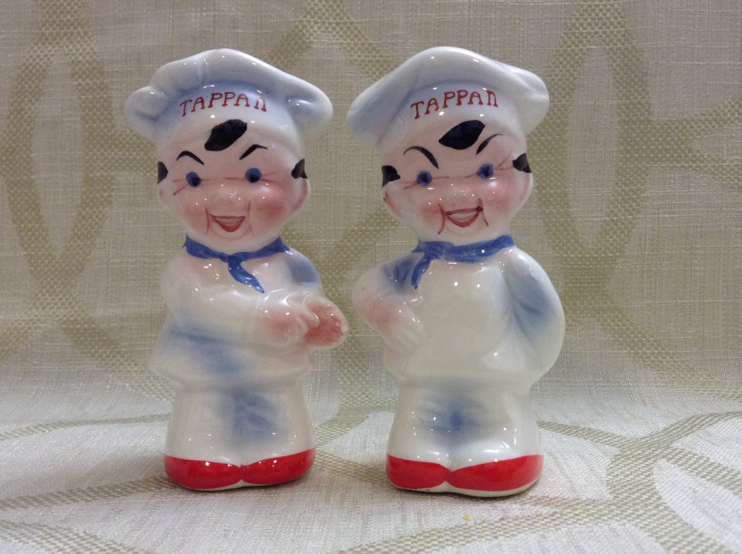 Super Cute Chef Salt And Pepper Shakers