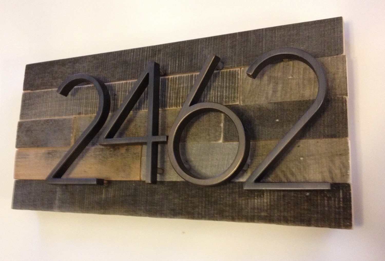 Mid century modern house numbers canada for Modern house numbers canada