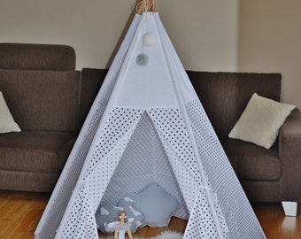 Teepee - grey dots