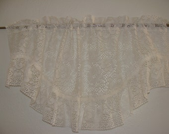 Shabby Chic Lace Valance