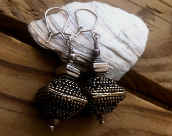 Sterling Silver fine Bali Pyramid Earrings Ethnic Pyramids Dangles Tribal Cottage chic Boho Earrings Native American Silver Dangles Gypsy