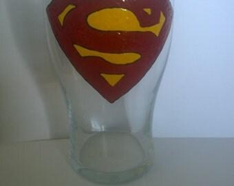 Superman logo pint glass