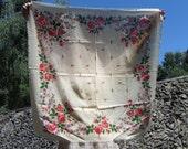 Vintage White Wool Floral Babuska Scarf, Ukrainian White Shawl, Russian Floral Scarf, Floral White Head Scarf, Beautiful Wool Shawl