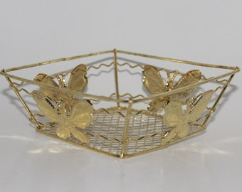 CLEARANCE- 30 Squared Butterfly Metal Wire Baskets