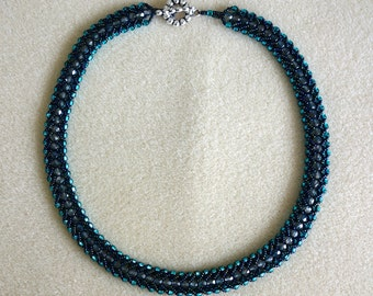 Choker necklace for a special occasion