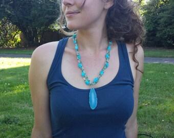 Spring Sky Blue Agate Necklace