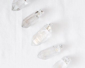 Quartz Point Pendant - Silver Plated - Dipped Quartz - Jewelry Supplies - Wholesale - Bulk - Crystal Quartz Point Bulk Pendants / S-SP001