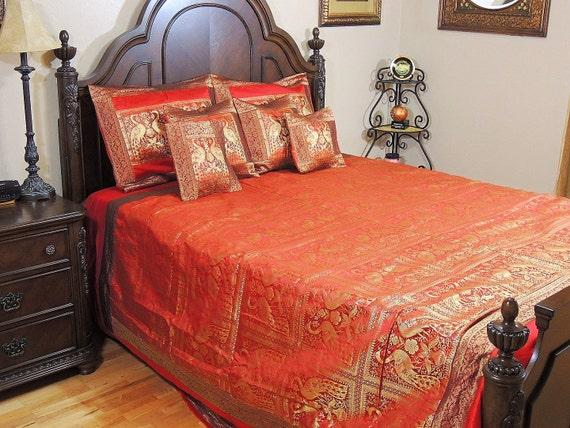 peacock tagesdecke set king size gold und rot brokat zari. Black Bedroom Furniture Sets. Home Design Ideas