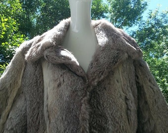 ABSOLUTELY Amazing Real Fur Coat--- Very Hippie-ish, OS?