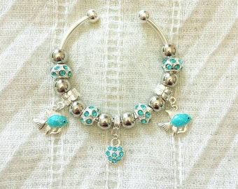 Fish Charms Turquoise Rhinestone Heart Beads Silver Plated Bangle Bracelet 7.5 Inches