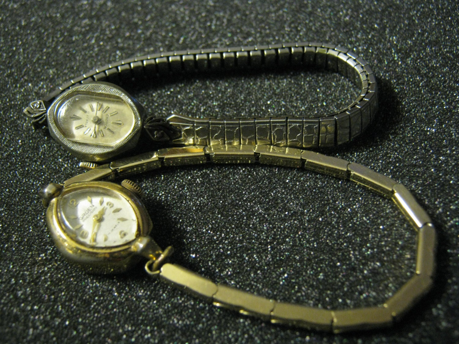 vintage ladies watches gruen precision and croton not running. Black Bedroom Furniture Sets. Home Design Ideas