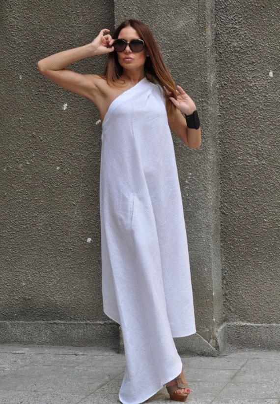 White linen dress nzd.