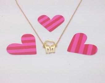 Kissing Giraffe Necklace, Cute, Dainty, gift, Bridesmaid Gift Idea
