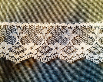"1"" vintage white lace trim scalloped edge 15 yards - #8, sewing supplies,  laces and trims, vintage lace, 1"" white lace trim, needlecraft"