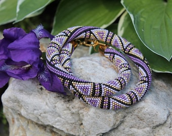 "Bead crochet necklace ""Violet triangles"""