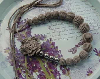 Crochet beads / necklace in grey