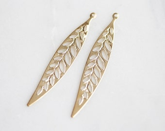 P0-962-G] Skinny Leaf / 8 x 47mm / Gold plated / Press Pendant / 4 piece(s)